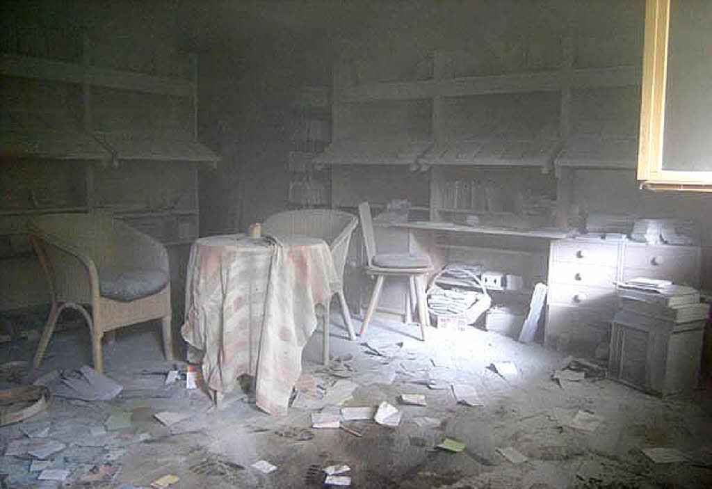 feuerl scher tests pulverl scher abc feuerl scher. Black Bedroom Furniture Sets. Home Design Ideas